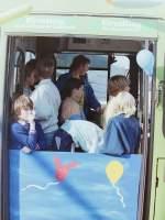 MAN SL 200/152975/wagen-84--mit-offenen-tueren Wagen 84. ... mit offenen Türen Bus fahren.